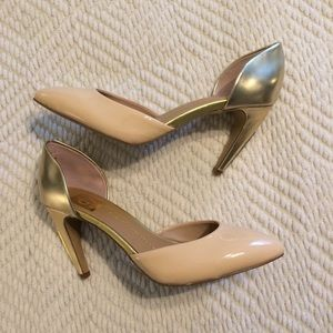 dv dolce vita nude and gold heels